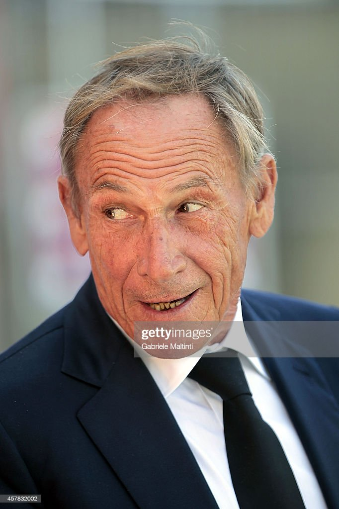 <a gi-track='captionPersonalityLinkClicked' href=/galleries/search?phrase=Zdenek+Zeman&family=editorial&specificpeople=628975 ng-click='$event.stopPropagation()'>Zdenek Zeman</a> head coach of Cagliari Calcio looks during the Serie A match between Empoli FC and Cagliari Calcio at Stadio Carlo Castellani on October 25, 2014 in Empoli, Italy.