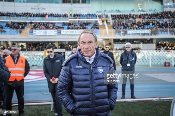 Zdenek Zeman head coach of Pescara Calcio during the Serie A match between Pescara Calcio and Genoa CFC at Adriatico Stadium on February 19 2017 in...