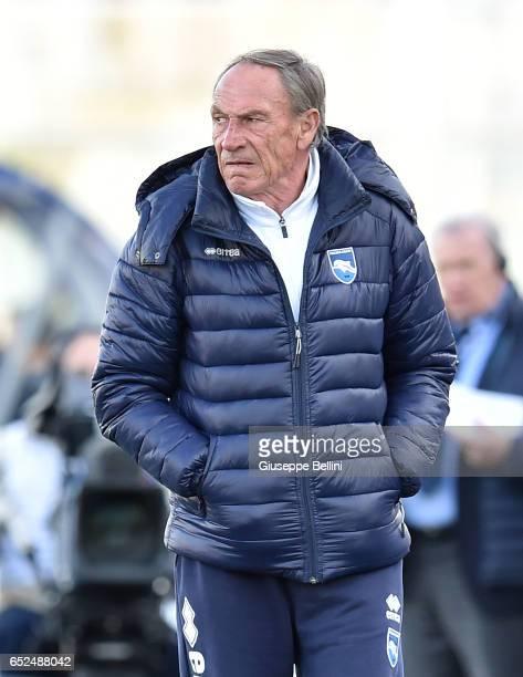 Zdenek Zeman head coach of Pescara Calcio during the Serie A match between Pescara Calcio and Udinese Calcio at Adriatico Stadium on March 12 2017 in...