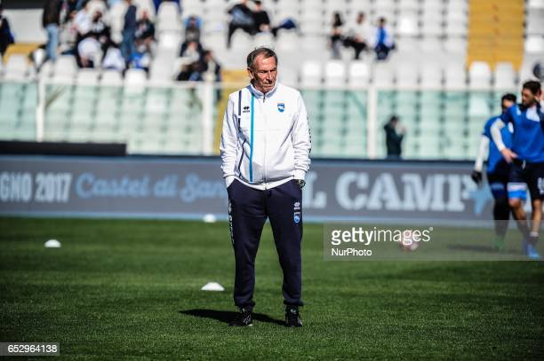 Zdenek Zeman in action during the Serie A match between Pescara Calcio and Udinese Calcio at Adriatico Stadium on March 12 2017 in Pescara Italy