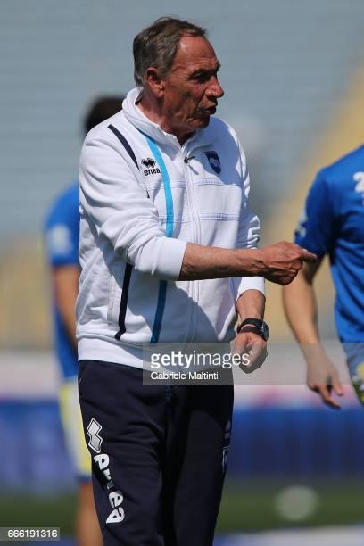 Zdenek Zeman manager of Pescara Calcio gestures during the Serie A match between Empoli FC and Pescara Calcio at Stadio Carlo Castellani on April 8...