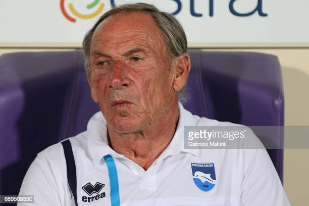 Zdenek Zeman manager of Pescara Calcio looks on during the Serie A match between ACF Fiorentina and Pescara Calcio at Stadio Artemio Franchi on May...