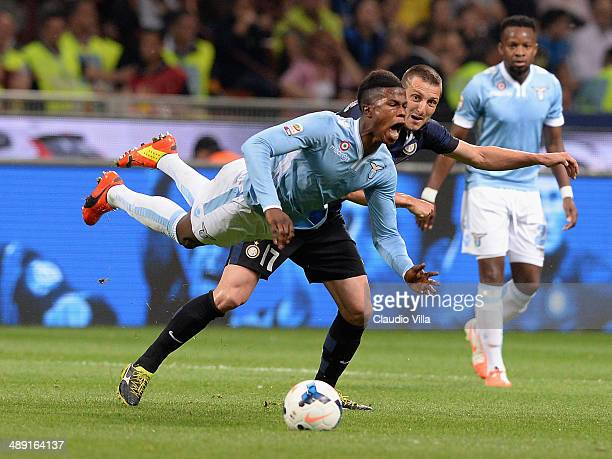 Zdravko Kuzmanovic of FC Inter and Balde Keita of SS Lazio compete for the ball during the Serie A match between FC Internazionale Milano and SS...