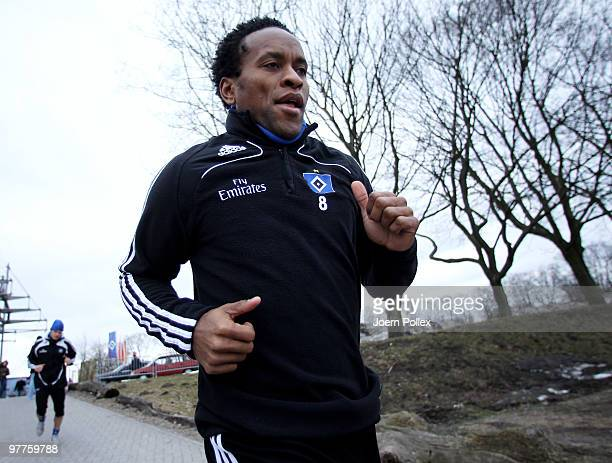 Ze Roberto of Hamburg is seen during the Hamburger SV training session at the HSH Nordbank Arena on March 16 2010 in Hamburg Germany
