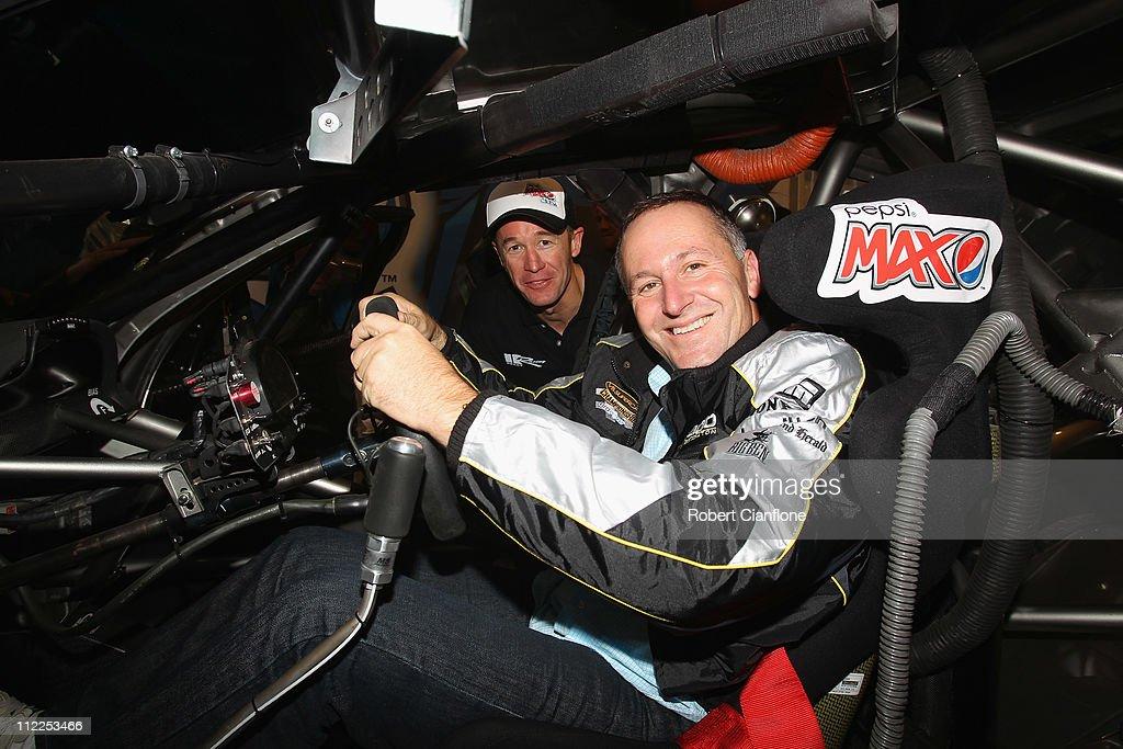 Hamilton 400: V8 Supercar Championship - Qualifying & Race 5