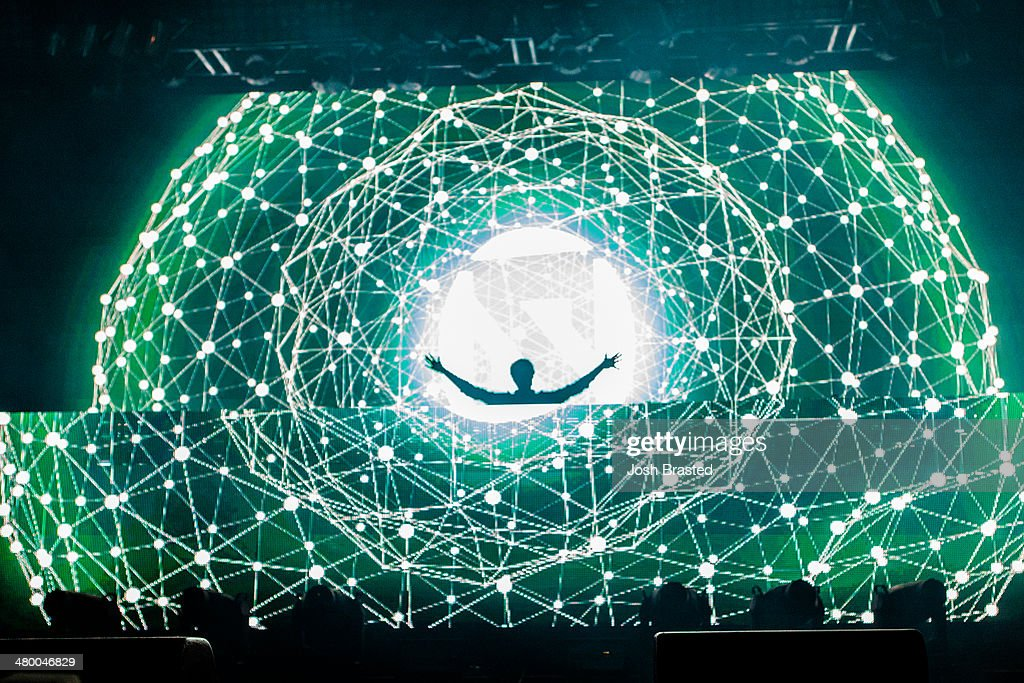<a gi-track='captionPersonalityLinkClicked' href=/galleries/search?phrase=Zedd+-+Musician&family=editorial&specificpeople=5830568 ng-click='$event.stopPropagation()'>Zedd</a> performs onstage during the 2014 BUKU Music + Art Project at Mardi Gras World on March 21, 2014 in New Orleans, Louisiana.