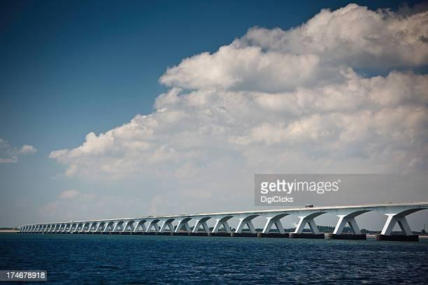 Puente de Zeeland