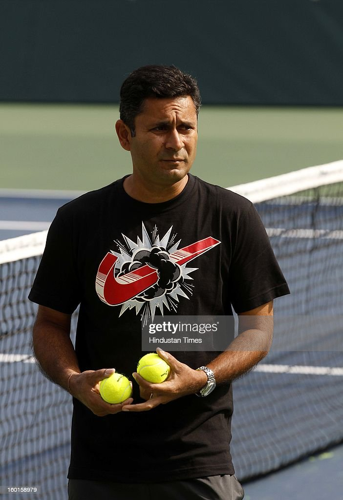 Zeeshan Ali, coach of Indian Davis Cup team during practice session at Delhi Lawn Tennis Association on January 27, 2013 in New Delhi, India.
