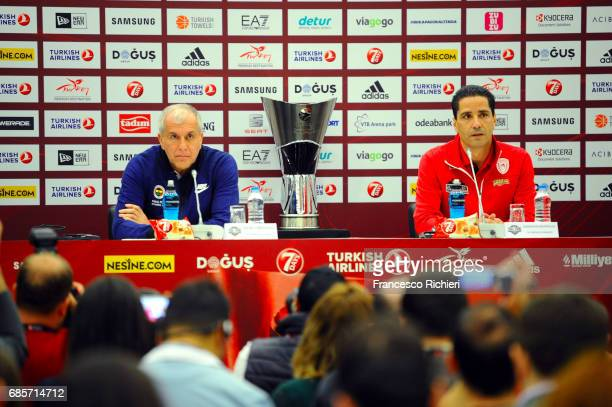 Zeljko Obradovic Head Coach of Fenerbahce Istanbul and Giannis Sfairopoulos Head Caoch of Olympiacos Piraeus during the 2017 Turkish Airlines...