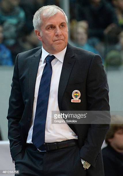 Zeljko Obradovic Head Coach of Fenerbahce Ulker Istanbul during the Euroleague Basketball Top 16 Date 2 game between Nizhny Novgorod v Fenerbahce...