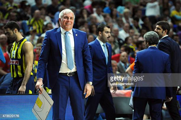 Zeljko Obradovic Head Coach of Fenerbahce Ulker Istanbul during the Turkish Airlines Euroleague Final Four Madrid 2015 Semifinal A game between Real...