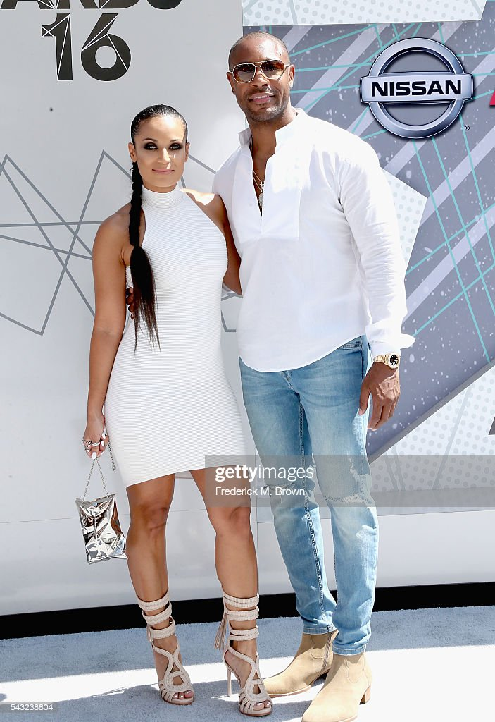 <a gi-track='captionPersonalityLinkClicked' href=/galleries/search?phrase=Zena+Foster&family=editorial&specificpeople=4204117 ng-click='$event.stopPropagation()'>Zena Foster</a> (L) and recording artist Tank Foster attend the 2016 BET Awards at the Microsoft Theater on June 26, 2016 in Los Angeles, California.