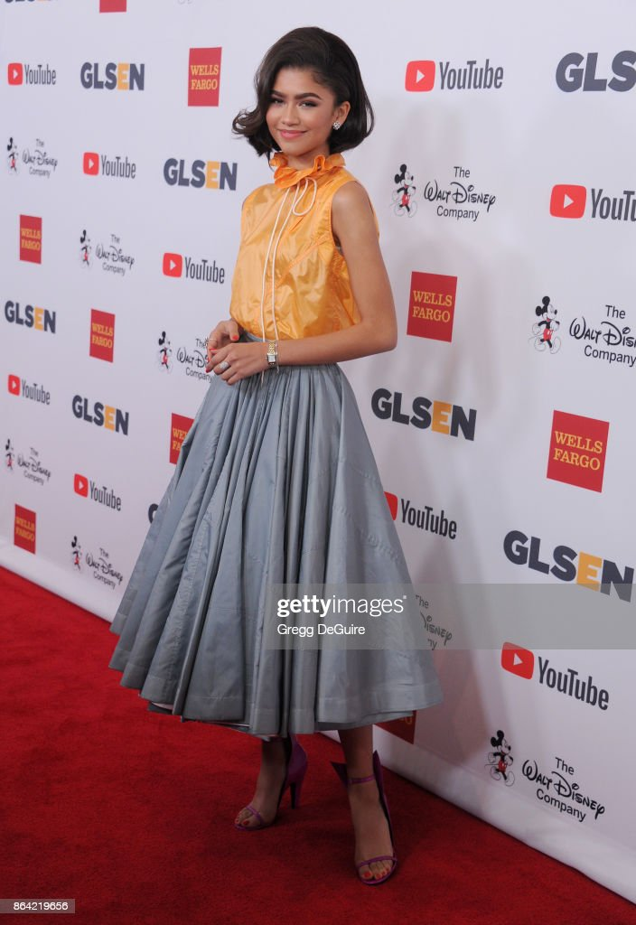 Zendaya arrives at the 2017 GLSEN Respect Awards at the Beverly Wilshire Four Seasons Hotel on October 20, 2017 in Beverly Hills, California.