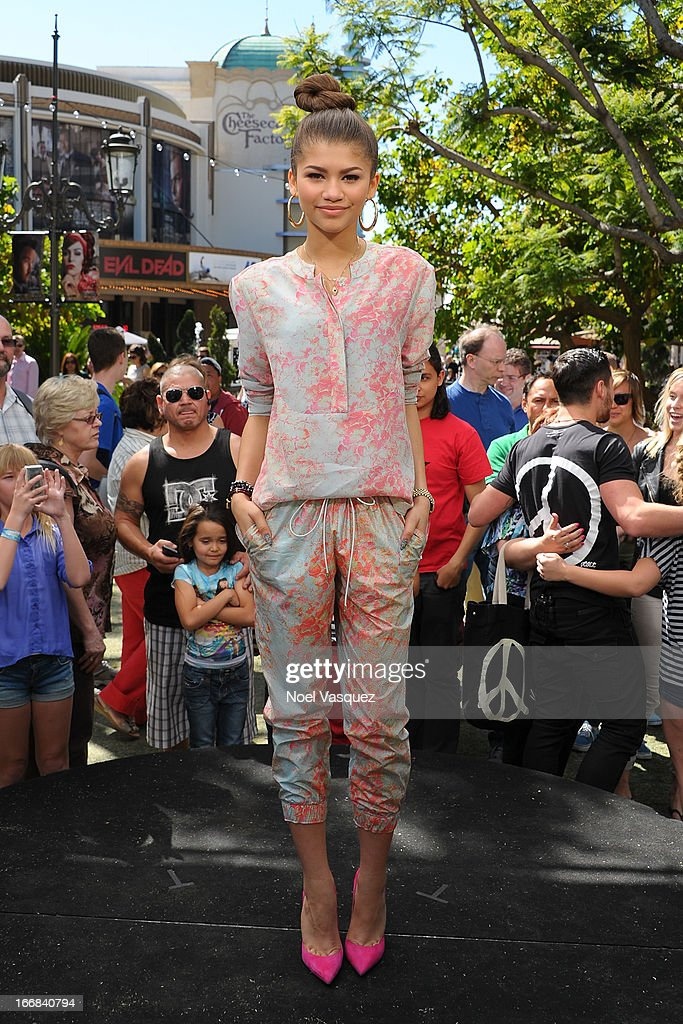 Zendaya Coleman visits 'Extra' at The Grove on April 17, 2013 in Los Angeles, California.