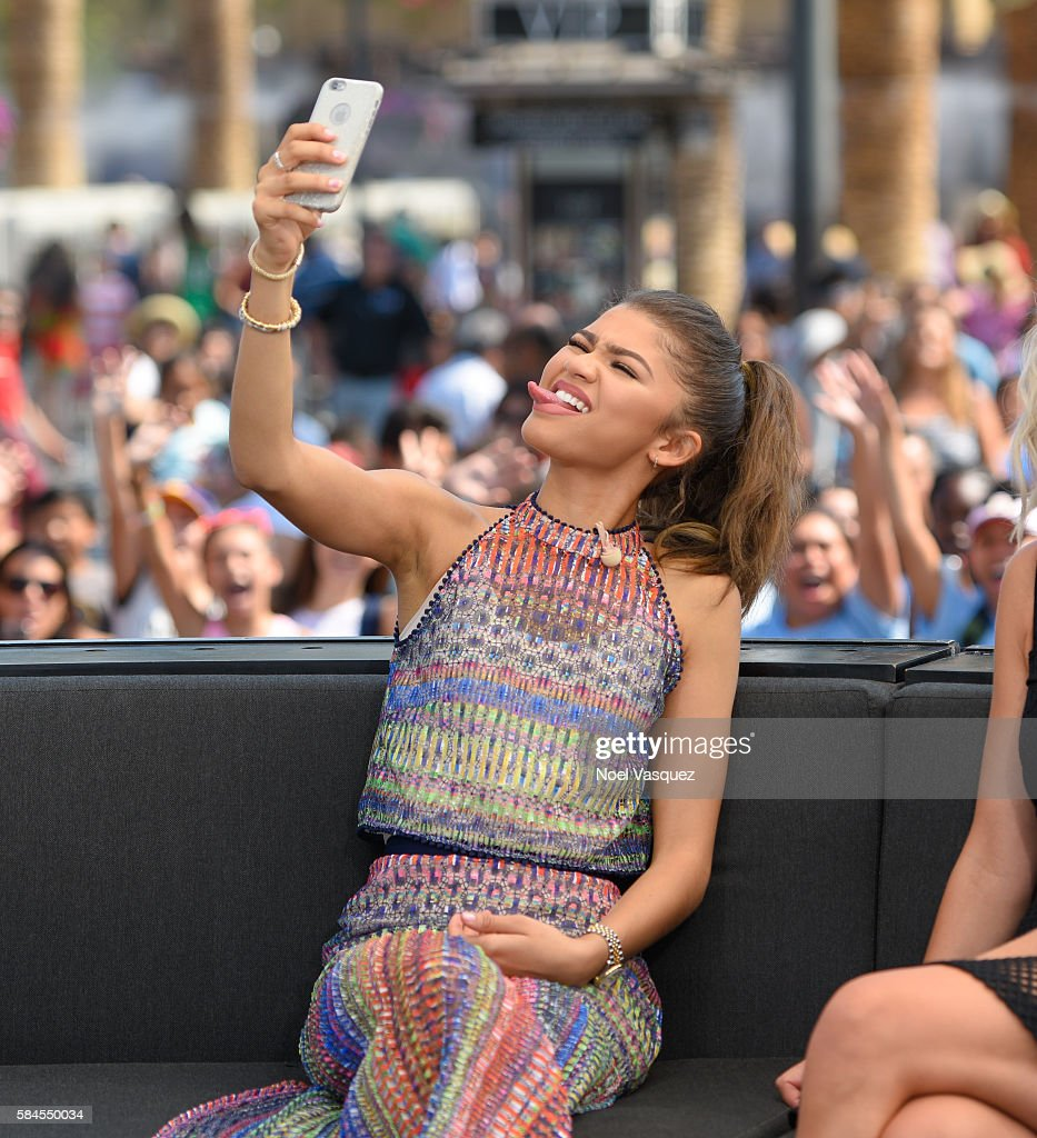 Zendaya visits 'Extra' at Universal Studios Hollywood on July 29 2016 in Universal City California