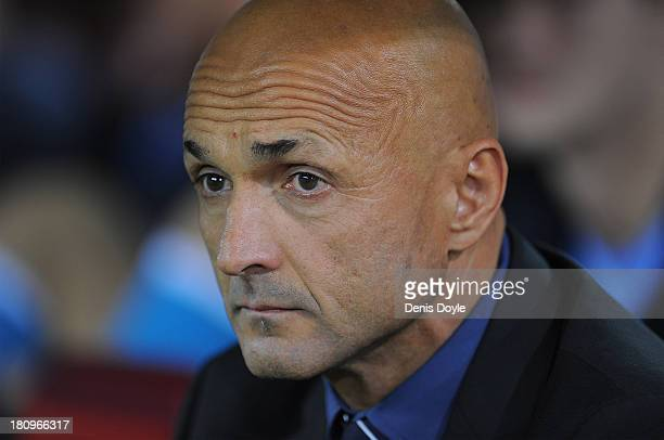 Zenit head coach Luciano Spalletti looks on during the UEFA Champions League Group G match between Club Atletico de Madrid and FC Zenit at Vicente...