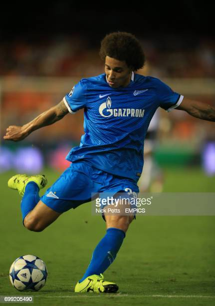 Zenit St Petersburg's Axel Witsel scores his side's third goal of the game