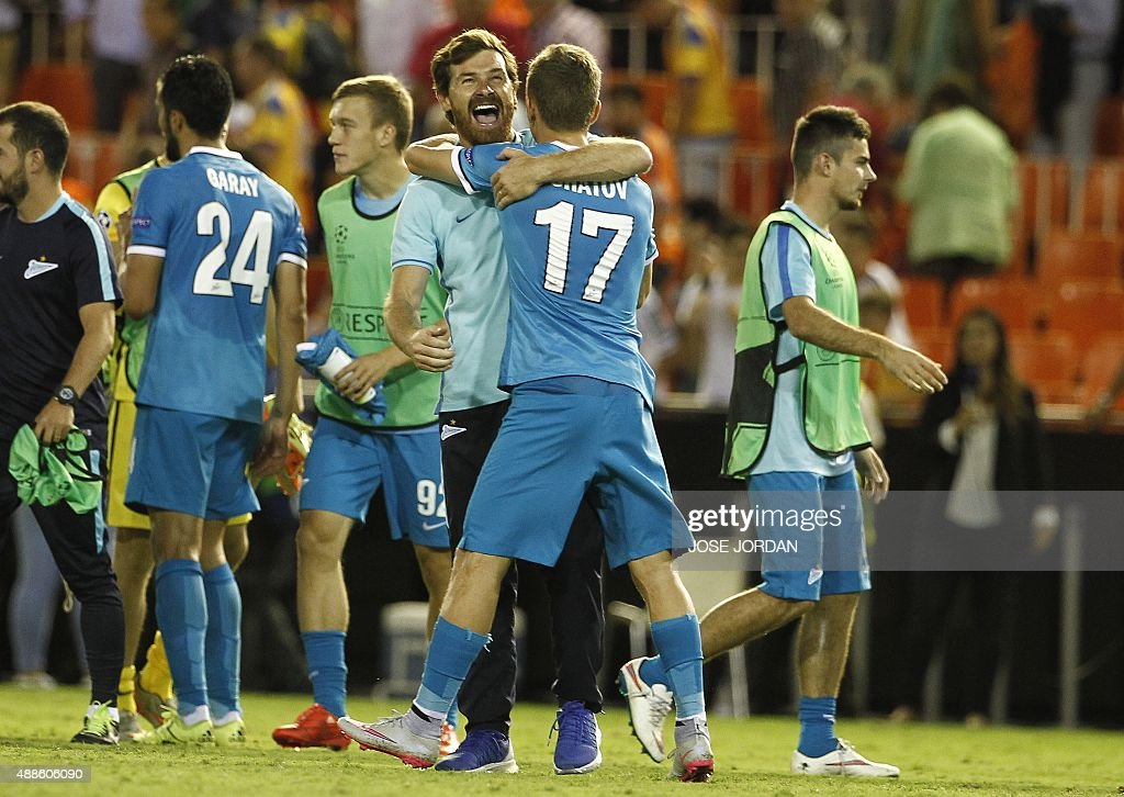 Zenit's coach Andre VillasBoas celebrates their victoy after the UEFA Champions League group H football match Valencia CF vs FC Zenit at the Mestalla...