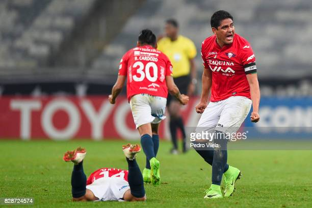 Zenteno of Jorge Wilstermann celebrate after the game between Atletico MG and Jorge Wilstermann as part of Copa Bridgestone Libertadores 2017 at...