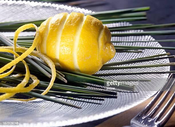 zested limone in vetro piatto