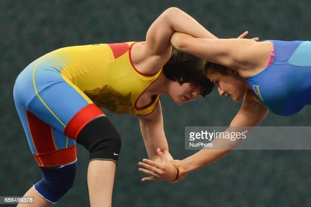 Zhamila Bakbergenova of Kazakhstan competes against Elis Manolova of Azerbaijan in the Women's Freestyle 69kg Wrestling final during Baku 2017 4th...