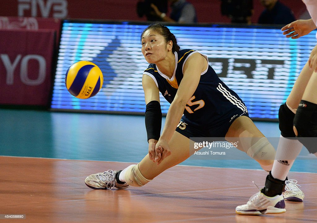 Zhan Chen of China receives the ball during the FIVB World Grand Prix Final group one match between Russia and China on August 24, 2014 in Tokyo, Japan.