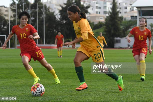 Zhang Rui of China competes for the ball with Sam Kerr of Australia during the Women's Algarve Cup Tournament match between China and Australia at...
