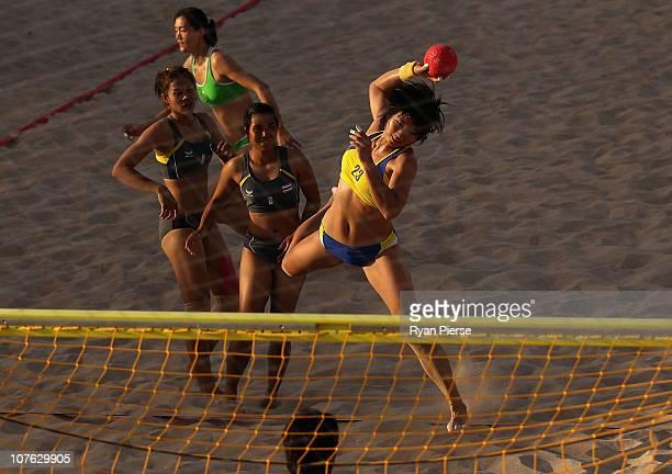 ビーチハンドボール ストックフォトと画像 | Getty Images