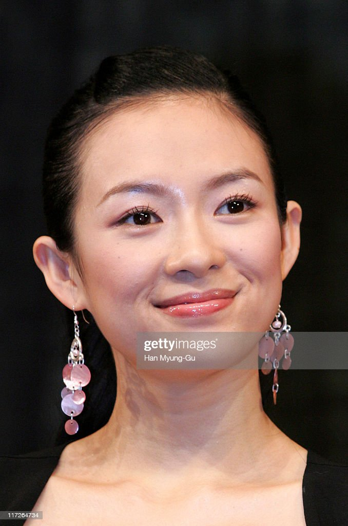 Zhang Ziyi during Lovers Seoul Press Conference at Seoul Shilla Hotel in Seoul City Seoul South Korea