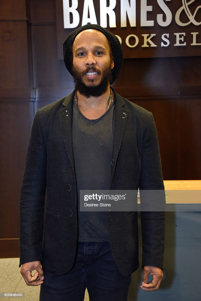 Ziggy Marley attends a book signing for his cookbook 'Ziggy Marley And Family Cookbook' at Barnes & Noble at The Grove on November 3, 2016 in Los Angeles, California.