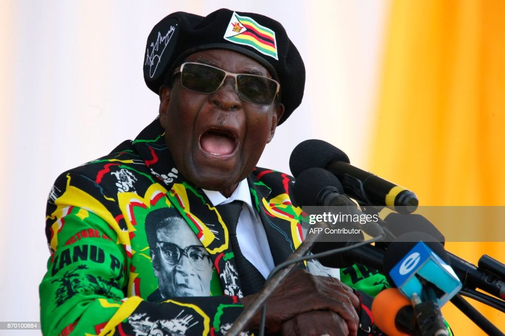 Zimbabwe's President Robert Mugabe delivers a speech during the Zimbabwe ruling party Zimbabwe African National Union- Patriotic Front (Zanu PF) youth interface Rally on November 4, 2017 in Bulawayo. /
