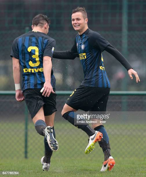 Zinco Vanheusden of FC Internazionale Milano celebrates with his teammate Andrea Cagnano after scoring the opening goal during the Primavera Tim...
