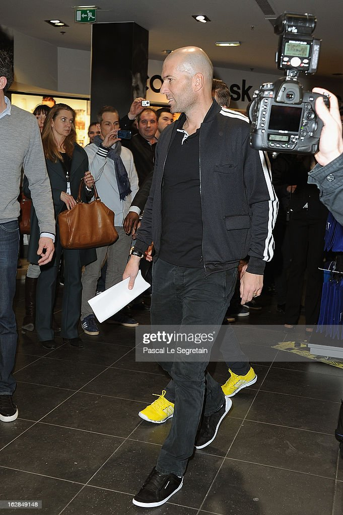 Zinedine Zidane arrives to attend an autograph session at adidas Performance Store Champs-Elysees on February 28, 2013 in Paris, France.