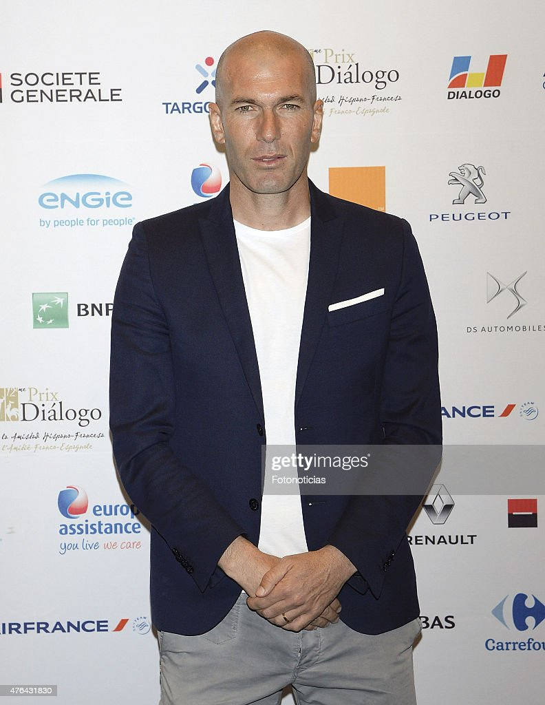 <a gi-track='captionPersonalityLinkClicked' href=/galleries/search?phrase=Zinedine+Zidane&family=editorial&specificpeople=172012 ng-click='$event.stopPropagation()'>Zinedine Zidane</a> attends a press conference for the 'XII Edicion del Prix Dialogo a la Amistad Hispano-Francesa' at the Auditorio Uria Menendez on June 9, 2015 in Madrid, Spain.