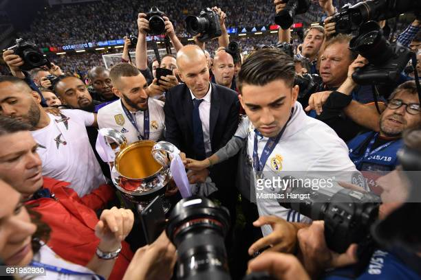 Zinedine Zidane Manager of Real Madrid celebrates after the UEFA Champions League Final between Juventus and Real Madrid at National Stadium of Wales...
