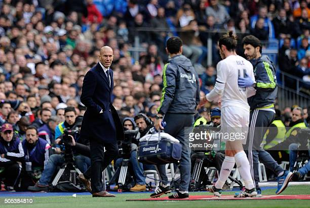Zinedine Zidane manager of Real Madrid MANAGER OF REAL MADRID looks on as Gareth Bale of Real Madrid leaves the pitch injured during the La Liga...