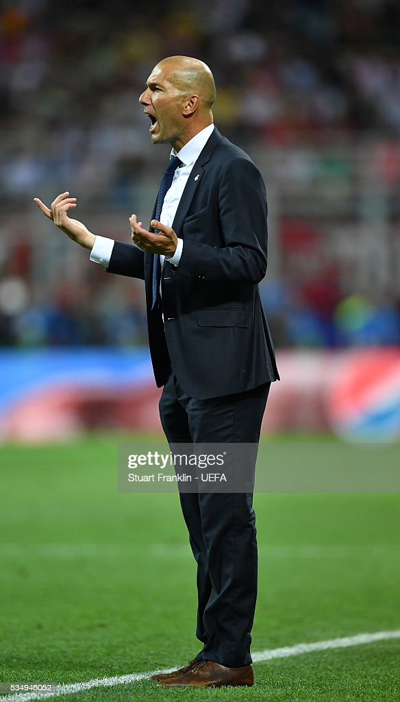 <a gi-track='captionPersonalityLinkClicked' href=/galleries/search?phrase=Zinedine+Zidane&family=editorial&specificpeople=172012 ng-click='$event.stopPropagation()'>Zinedine Zidane</a> manager of Real Madrid shouts instructions during the UEFA Champions League Final between Real Madrid and Club Atletico de Madrid at Stadio Giuseppe Meazza on May 28, 2016 in Milan, Italy..