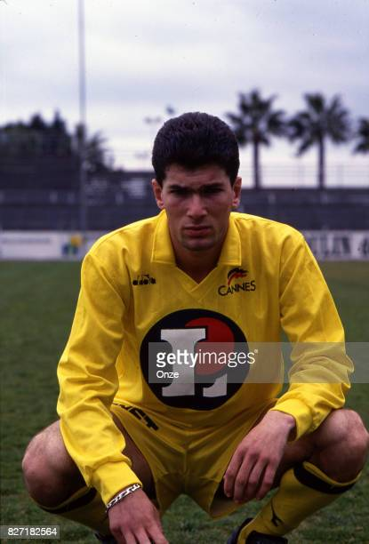 Zinedine Zidane of Cannes during a photoshoot on March 1 1991 on Cannes France Photo by Philippe Couvercelle / Onze / Icon Sport