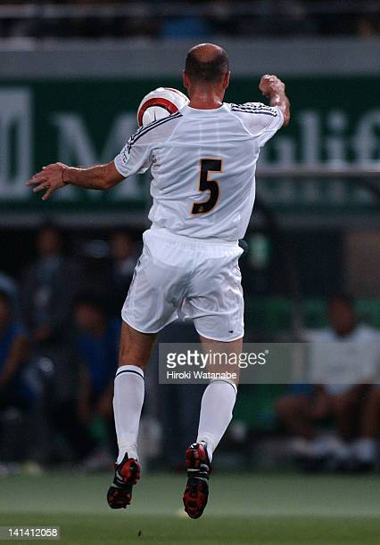 Zinedine Zidane of Real Madrid controls the ball during the preseason friendly match between Tokyo Verdy 1969 and Real Madrid at Ajinomoto Stadium on...