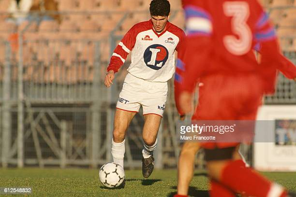 Zinedine Zidane playing for AS Cannes his first professional team