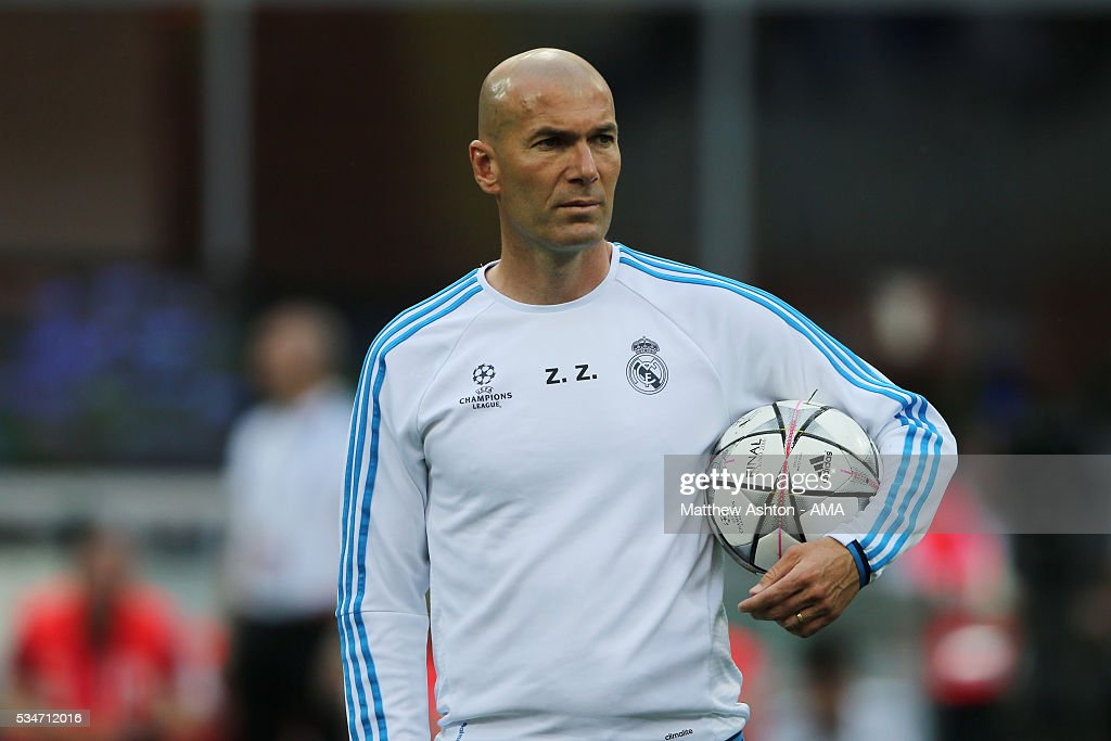 <a gi-track='captionPersonalityLinkClicked' href=/galleries/search?phrase=Zinedine+Zidane&family=editorial&specificpeople=172012 ng-click='$event.stopPropagation()'>Zinedine Zidane</a> the head coach / manager of Real Madrid during the Real Madrid training session ahead of the UEFA Champions League Final at Stadio Giuseppe Meazza on May 27, 2016 in Milan, Italy.