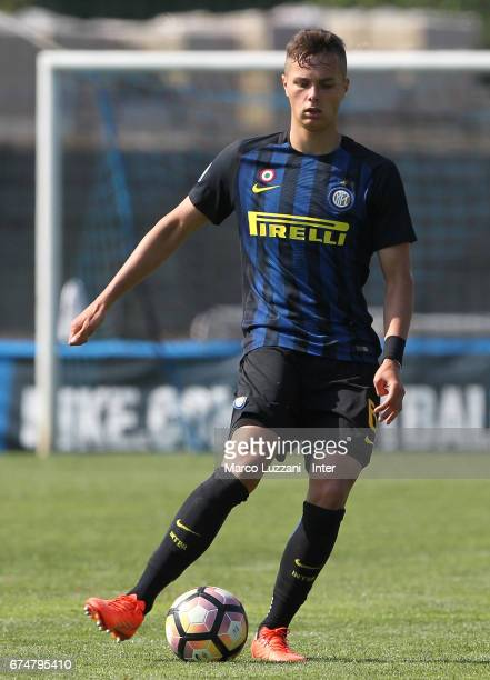 Zinho Vanheusden of FC Internazionale Milano in action during the Primavera Tim juvenile match between FC Internazionale and Bologna FC at Centro di...
