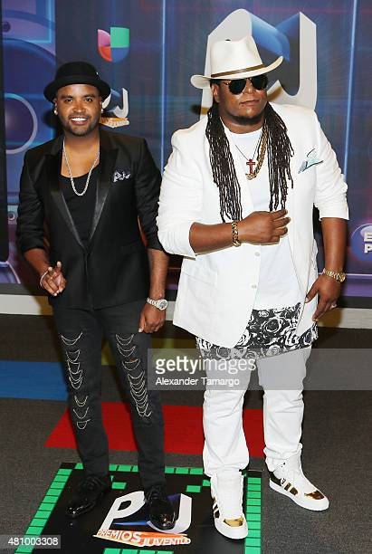 Zion y Lennox are seen arriving at Univision's Premios Juventud 2015 at the Bank United Center on July 16 2015 in Miami Florida
