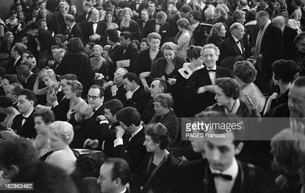 Zizi Jeanmaire And Roland Petit At The Alhambra Paris février 1958 De nombreuses personnalités sont venues applaudir les nouveaux ballets de Roland...