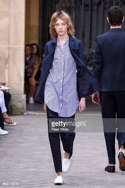 Zlata Semenko walks the runway during the Officine Generale Menswear Spring/Summer 2018 show as part of Paris Fashion Week on June 25 2017 in Paris...
