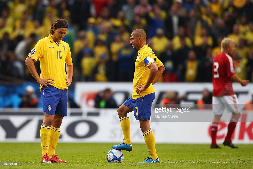 Sweden v Denmark - FIFA2010 World Cup Qualifier : News Photo
