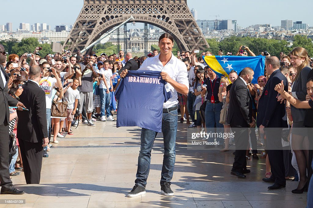 <a gi-track='captionPersonalityLinkClicked' href=/galleries/search?phrase=Zlatan+Ibrahimovic&family=editorial&specificpeople=206139 ng-click='$event.stopPropagation()'>Zlatan Ibrahimovic</a> attends a Paris Saint-Germain photocall after signing for the club, at Trocadero on July 18, 2012 in Paris, France. on July 18, 2012 in Paris, France.