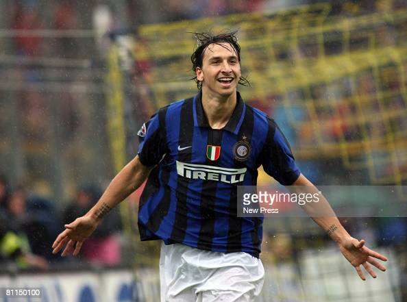 Zlatan Ibrahimovic of Inter in action during the Serie A match between Parma and Inter at the Stadio Tardini on May 18 2008 in Parma Italy