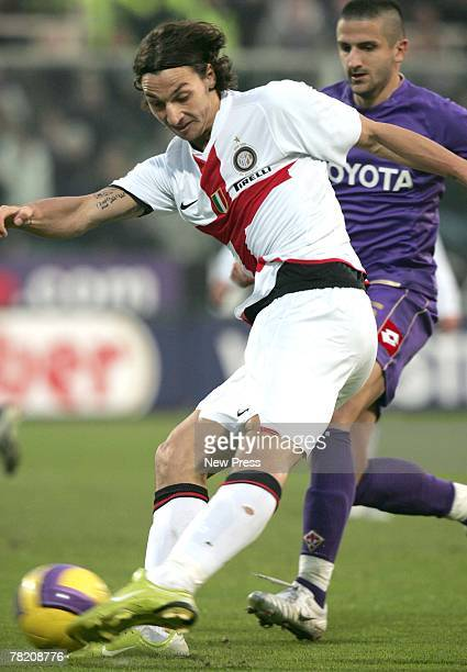 Zlatan Ibrahimovic of Inter Milan in action during the Italian serie A football match between Fiorentina and Roma at Artemio Franchi stadium on...