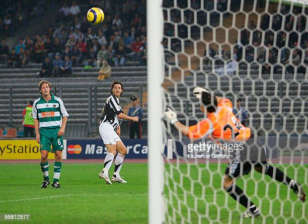 Zlatan Ibrahimovic of Juventus scores the third goal past Helge Payer of Rapid Vienna during the UEFA Champions League Group A match between Juventus...